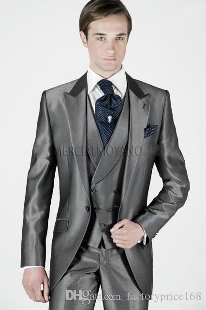 고품질 피크 옷깃 Groomsmen One Button Groom Tuxedos 남자 정장 웨딩 / 댄스 파티 / 디너 최고의 남자 블레이저 (자켓 + 바지 + 조끼 + 넥타이) C01