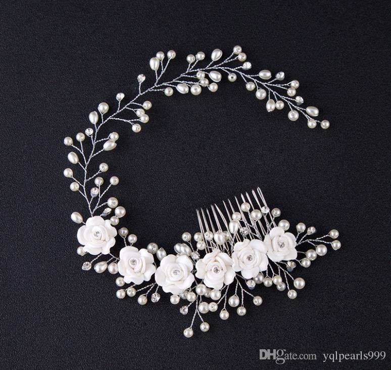 Gelin gelin aksesuarları ve gelin düğün aksesuarları ile çiçek