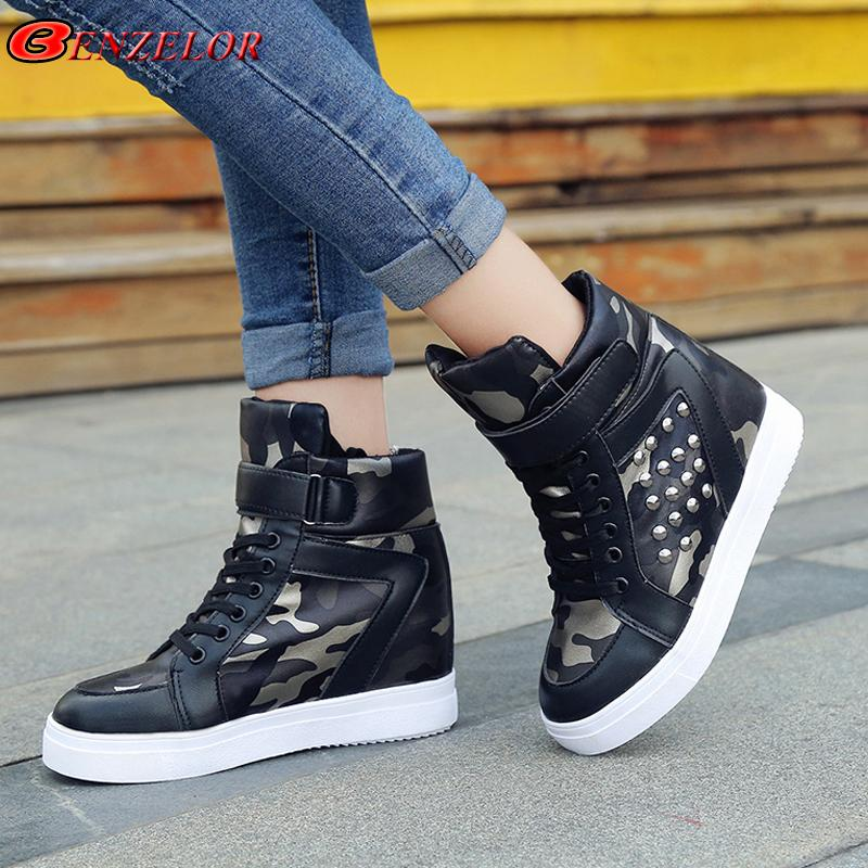 BENZELOR 2018 Automne Hiver Wedge High Top Femmes Chaussures Femme Baskets En Cuir PU Rivet En Cuir Camouflage Femme Dames Chaussure A-18
