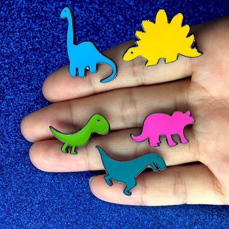 Cartoon Enfants Cadeau 4 pièces//set col insigne émail Broche Pin Fashion Jewelry