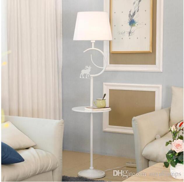 SVITZ Nordic Stehlampe Wohnzimmer Regal modernen minimalistischen Schlafzimmer Lichter vertikale amerikanische kreative Eisen Nacht Stehlampen