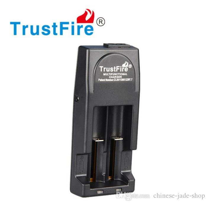 TrustFire TR-001 2-Slot Li-ion Battery Charger for 18650 18500 16340 14500 10440