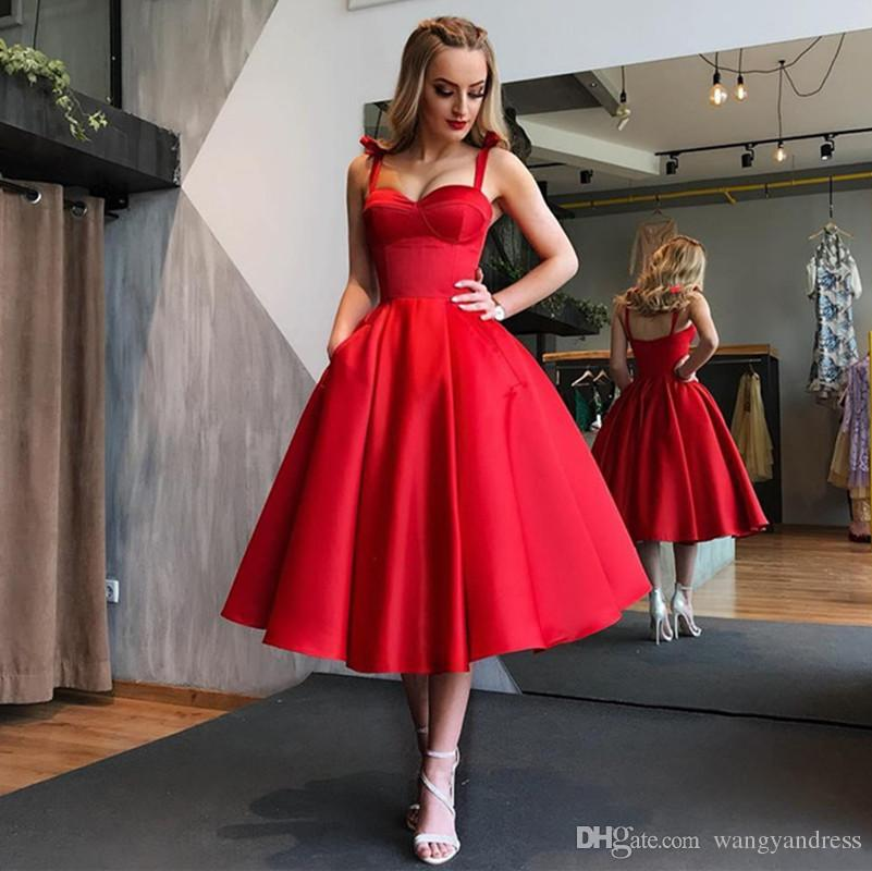 Vintage Red Herbata Długość A-Line Prom Dresses Spaghetti Proste Tanie Krótkie Koktajl Sukienki Homecoming Suknie Graduation Suknie