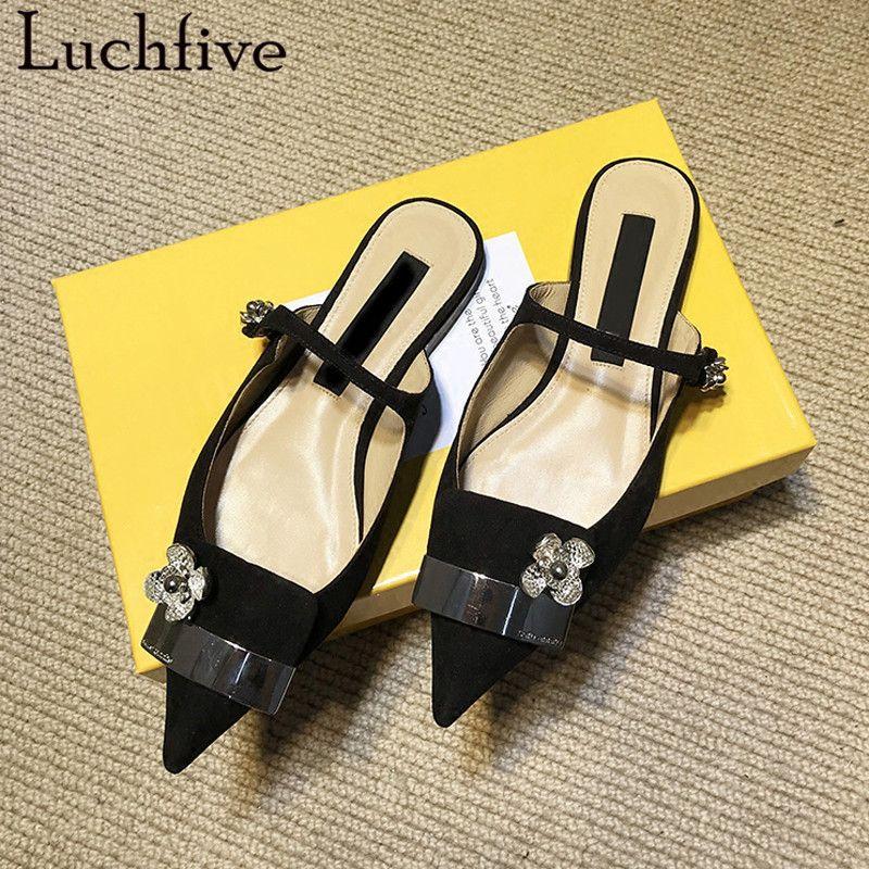 Neueste flache Ferse Sandalen Frauen Candy Farbe Hausschuhe süße Damen Mules Metall Kristall Blumen Dekor 2018 Sommer Strand Schuhe