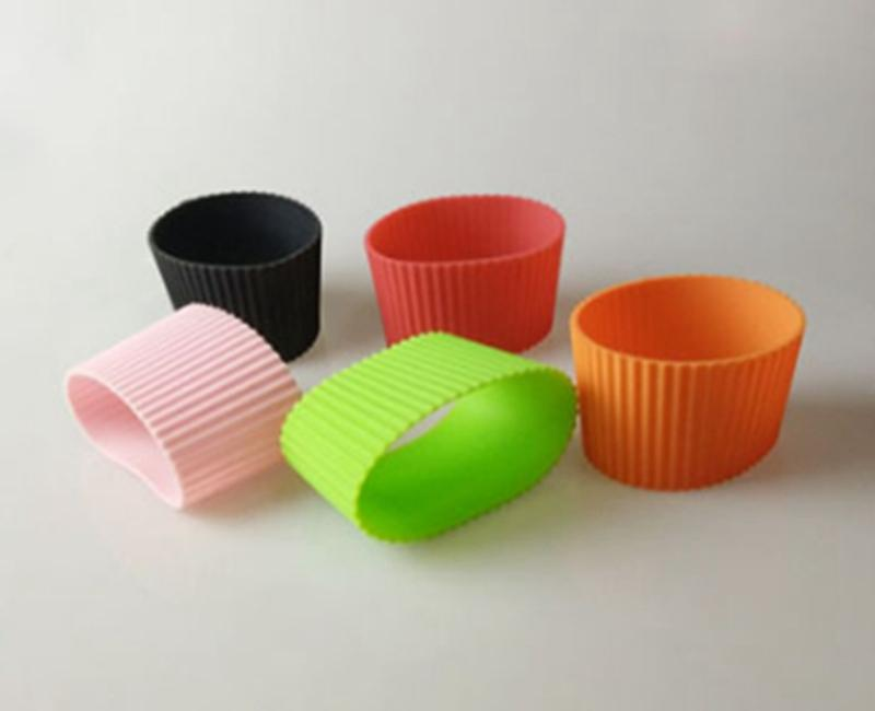 100 pçs / lote Mangas De Silicone Para caneca partido copo mangas banda Reciclável Isolamento térmico copo tampa Da Garrafa