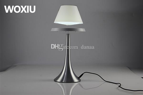 WOXIU지도 된 테이블 램프 자석 현대 모형 참신 점화 높은 기술 예술 쇼 Crafts 가정 휴일 훈장