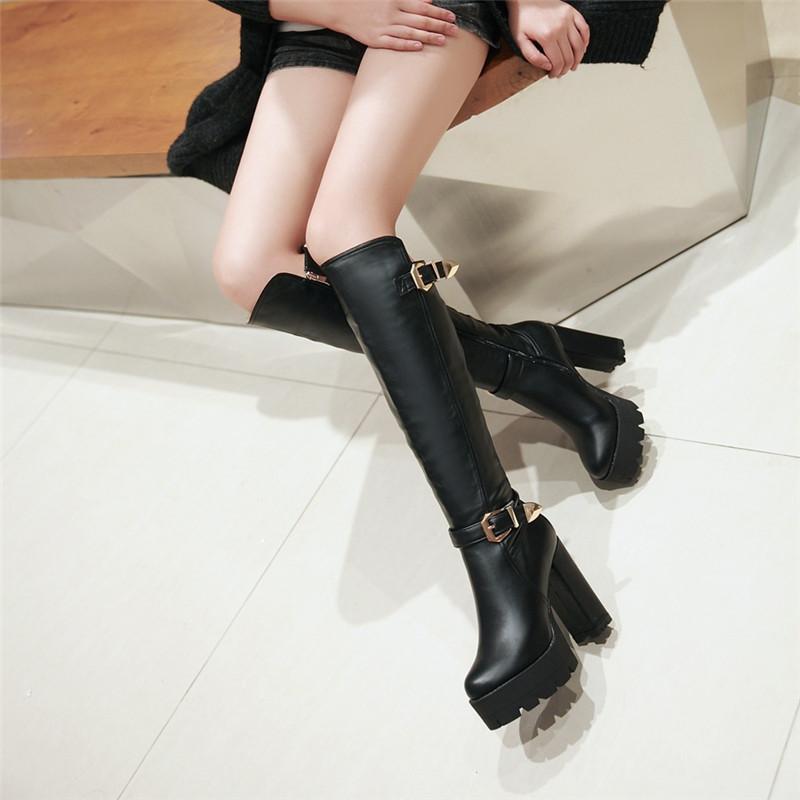 YMECHIC 2018 da senhora branco preto na altura do joelho alto botas de Motociclista feminino fivela gothic punk plataforma bloco de salto sapatos de inverno plus size