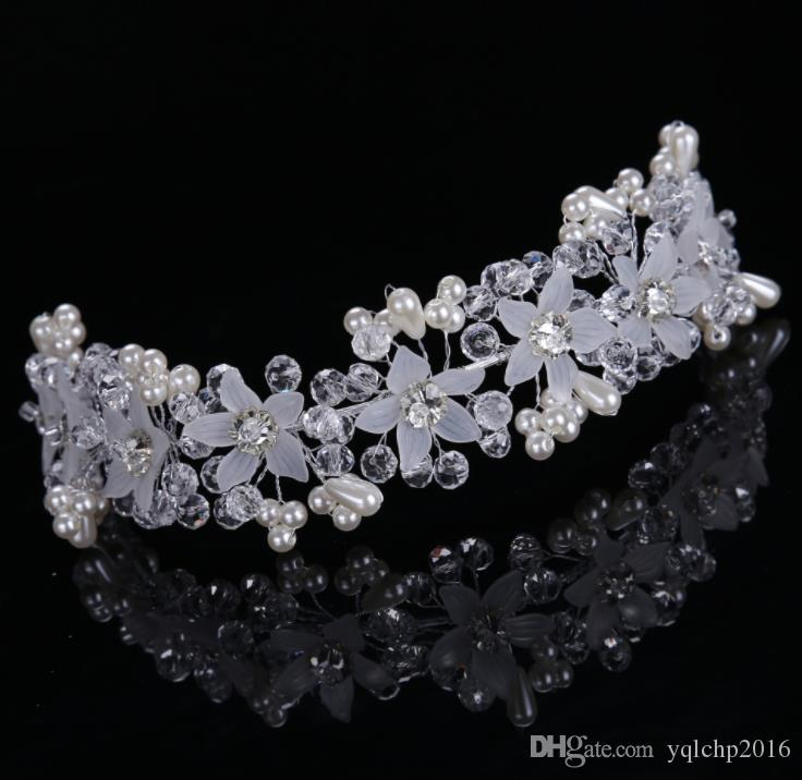 Bride's handmade crystal flower with photo studio and makeup brides wedding accessories Headband