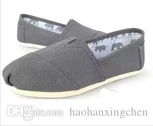 Prix le plus bas! Chaussures de toile solides occasionnels pour femmes, Chaussures de toile classiques pour hommes unisexes vendant chaud Vente chaude Unisexe 28 couleurs