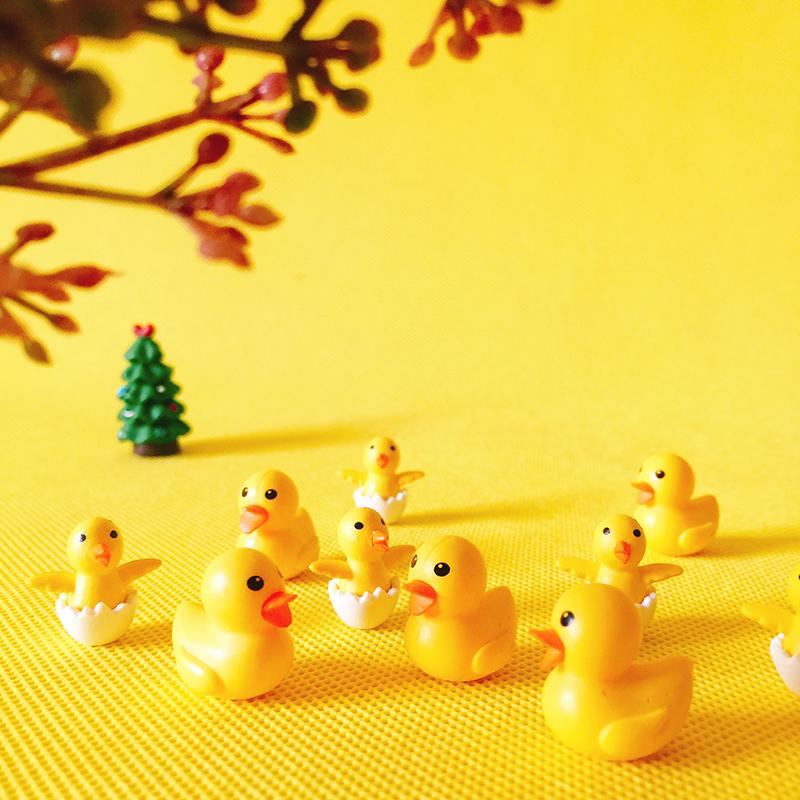 10pcs Yellow Miniature Ducks Dollhouse Garden Landscape Terrarium Decoration
