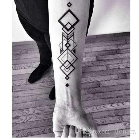 Wasserdicht Temporäre Tattoo Aufkleber große Raute Quadrat Totem Tattoo Flamme Tatto Aufkleber Flash Tatoo gefälschte Tattoos für Männer