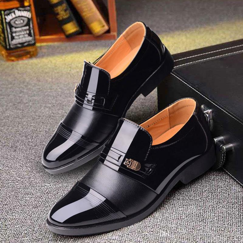 Lackleder Männer Hochzeit Schuhe Männer formale klassische Schuhe Männer Müßiggänger schwarzen Anzug Schuhe Plüsch Zapatos Oxford hombre homme chaussure ayakkab