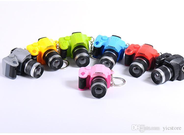 Llaveros de regalo creativo Llaveros con llavero de sonido Linterna Cadena de juguete llavero Anillo LED LED Fancy Increíble QOAXG
