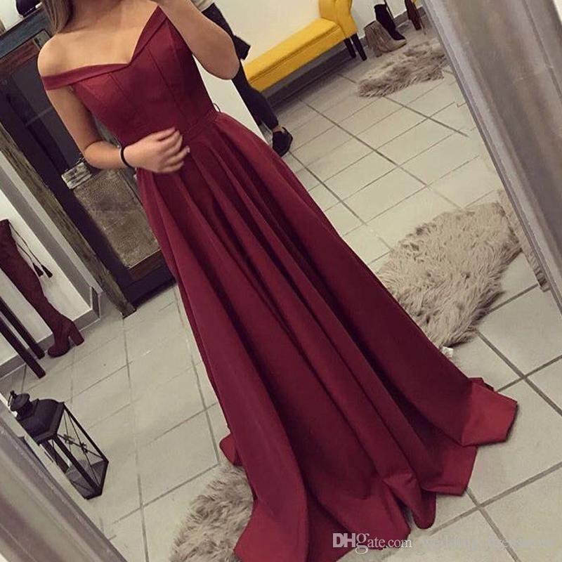 Semplice Borgogna Prom Dresses 2018 al largo della spalla Sexy sirena Backless senza maniche Sweep treno Abiti da festa lunghi Abiti da sera Abiti formali