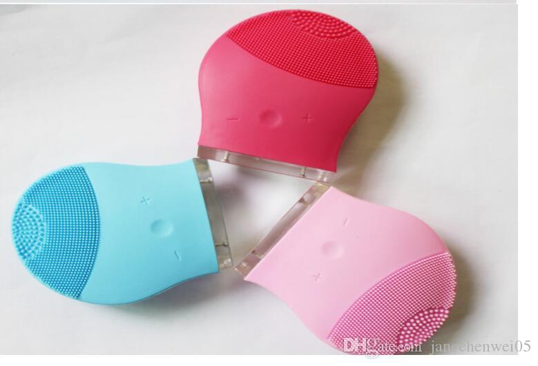 Sonic silicone Deep Clean Nettoyant Visage Vibration Nettoyage Pulsating Brosses gel nettoyant visage Silice électrique de massage pour les soins de la peau