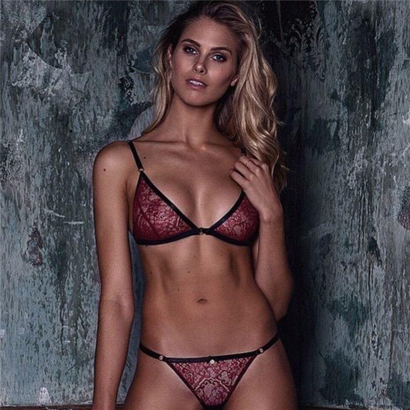 2018 Nueva una sola pieza transparente del sujetador de Sexy Mini interior del cordón de la ropa interior de las mujeres cómodo telas metálicas gratuito Bras bragas Conjunto