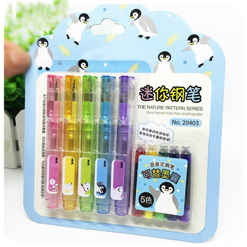 5 pcs / lot Mini bonito colorido Kawaii Fountain Pen Set Com caneta de tinta Ink Sac plástico para escrever Escritório Escola Produtos de papelaria