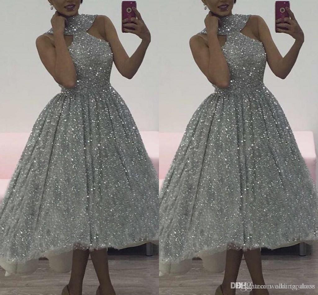 2019 Charme argento paillettes Prom Dresses Halter Plus pizzo senza maniche morbido montaggio Hi-Low abiti da cocktail partito di alta qualità