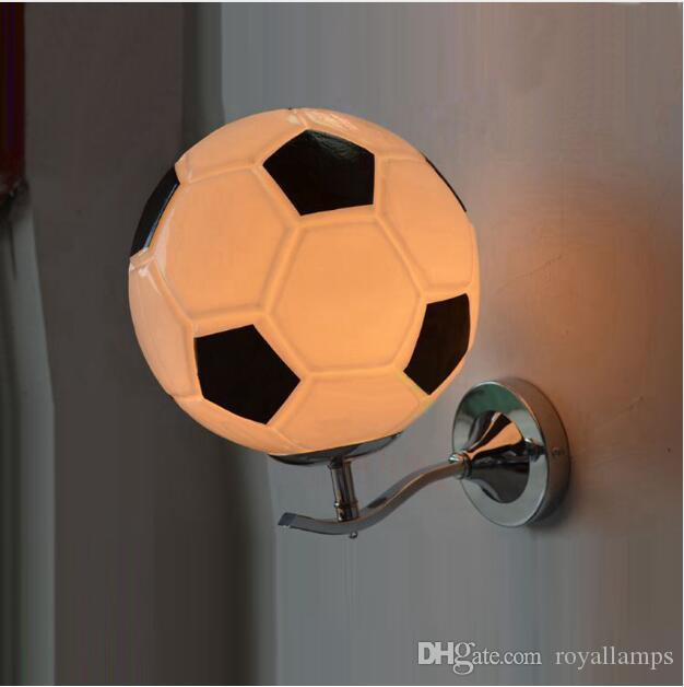 Svitz sala de Crianças de Futebol lâmpada de Parede com Abajur De Vidro quarto E27 preto branco crianças Iluminação Bar Acessório Noite levou Wandlamp