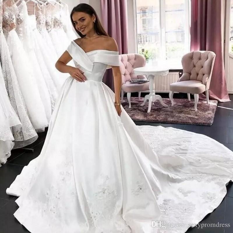 Элегантный Белый Атлас Свадебное Платье Сексуальная С Плеча Кружева Аппликации Свадебные Платья Развертки Поезд Свадебные Платья 2019