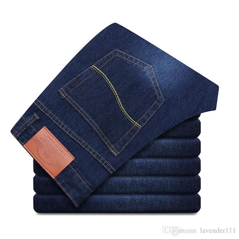 New Fashion Cheap SkinnyJeans Uomo Tuta di alta qualità Uomo stile casual Jeans da uomo Pantaloni invernali Vendita calda