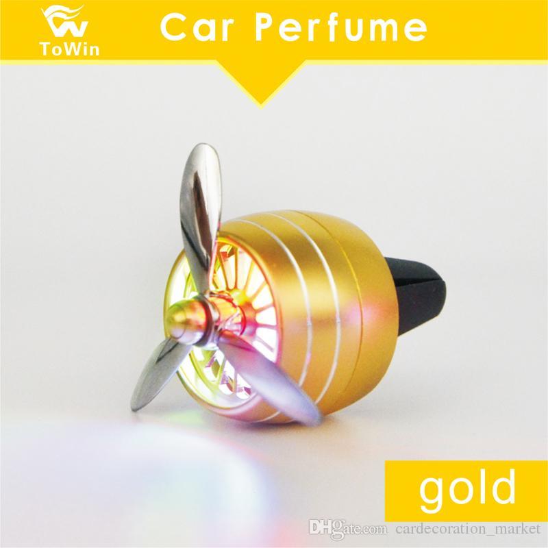 Автомобильный диффузор духов, новая мода восточный бренд парфюмерии, автоматический аромат, освежитель воздуха светодиодный свет, автомобильный воздушный вентиляционный дух, запах орнамента, быстрый DHL 2019