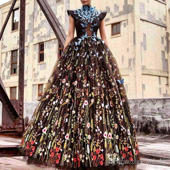Evening dress Yousef aljasmi Kim kardashian High collar Appliqued Ball gown Long dress Almoda gianninaazar ZuhLair murad Ziadnakad