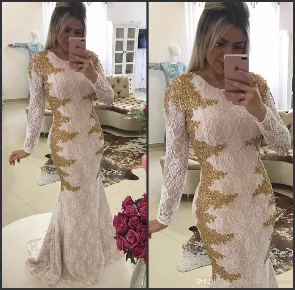 فستان حفلة موسيقية بيضاء وذهبية جديدة طويلة الأكمام انظر من خلال قطار الاجتياح عودة عالية الرقبة مساء ثوب الدانتيل