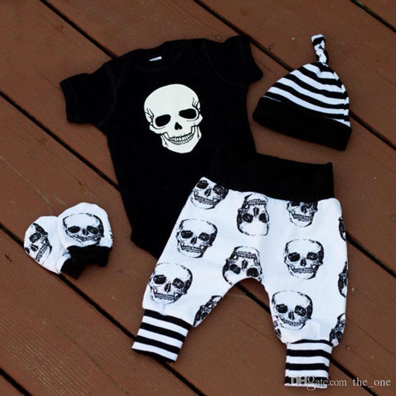 Nuevos trajes de estilo de Europa son populares de verano de manga corta de Halloween Skull Head Haunyi de cuatro piezas de ropa infantil al por mayor
