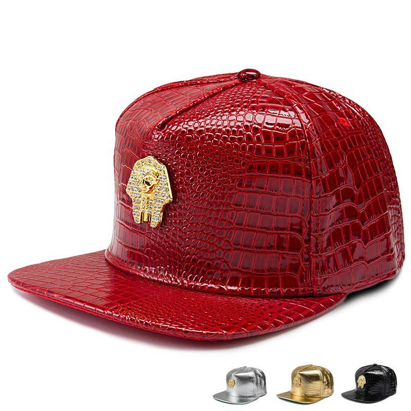 2018 Luxury Faux Leather Pharaoh Logo Berretti da baseball Diamond Golden Crocodile Grain Uomo Donna Snapback DJ Last King Hip Hop Hats