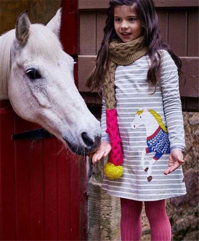 Los niños hermosos niña primavera otoño vestido de moda de algodón falda de manga larga al por mayor de dibujos animados cuello redondo impresión princesa vestido A23
