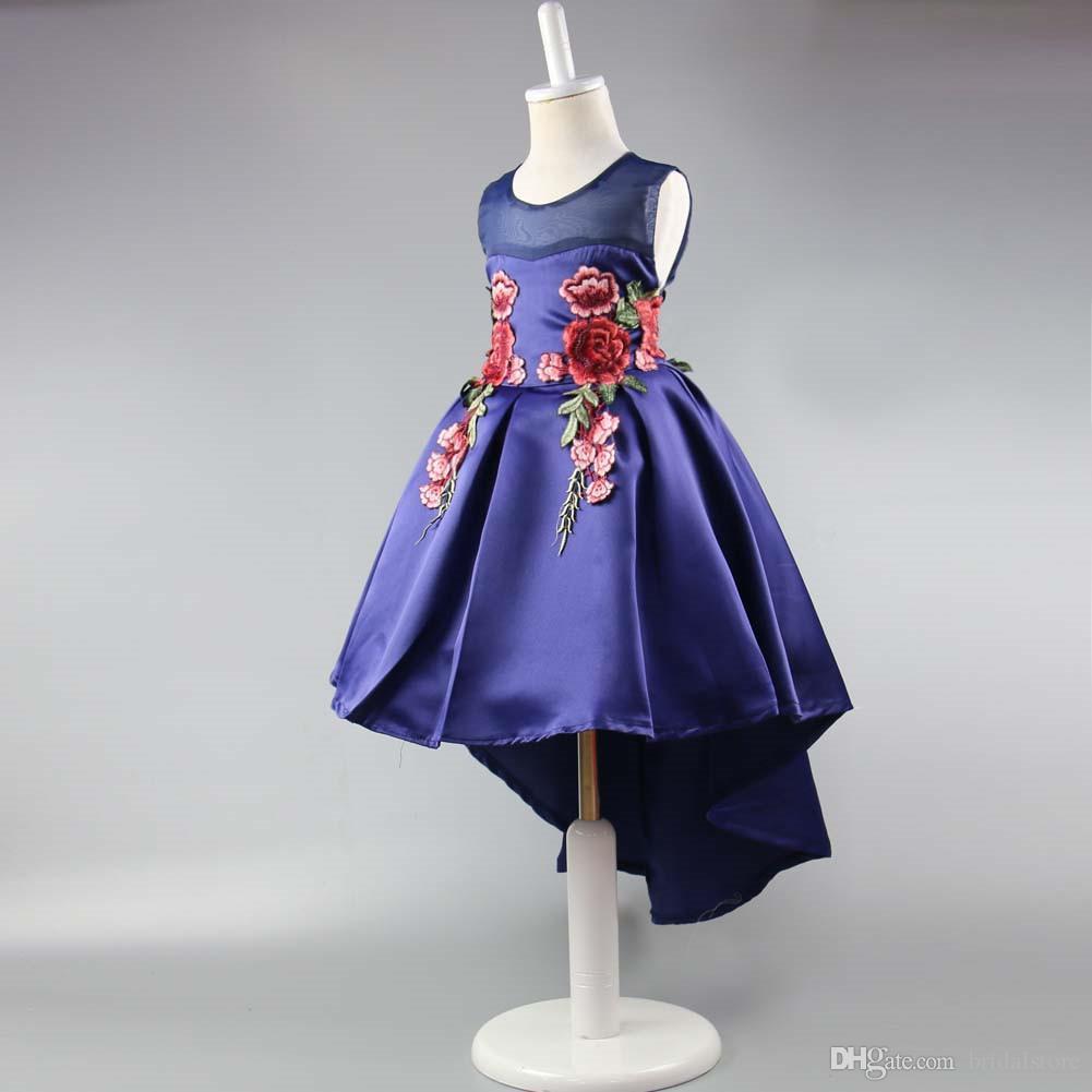 Immagine reale blu scuro ricamato a buon mercato abiti da ragazza di fiore con il treno carino raso fiore ragazza abito per la prima comunione ragazza 2019