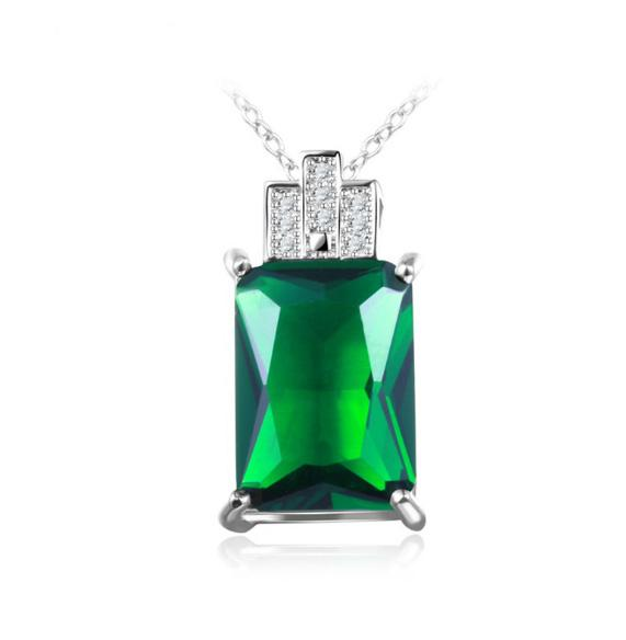 Anniversary Gift Fashion Green Square Crystal Cubic Zirconia Handmade Women Jewelry Pendant with Chain Necklace