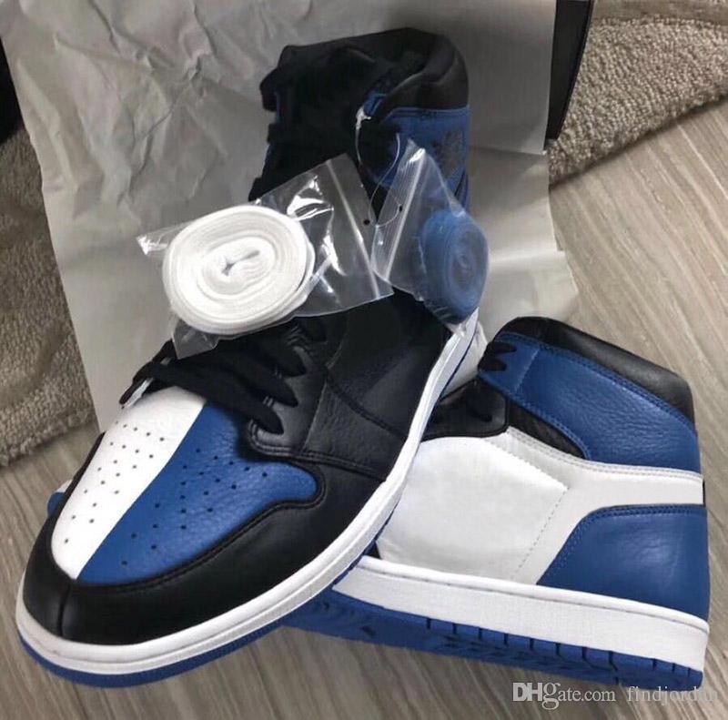 1 Hommage à Home Royal Bleu Chaussures Hommes Basketball 1S haut OG Conseil des gouverneurs aucun signe 1s hommes baskets de sport de chaussures de clown