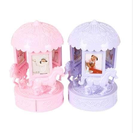 NEWClassic 회전 트로이 목마 음악 상자 홈 장식 귀여운 어린이 회전 패션 사진 프레임 다기능 보석 저장 상자