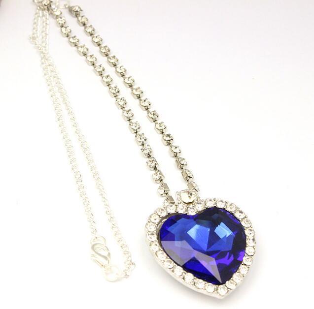 La catena di cristallo del cuore della collana dell'oceano lussuosa Cuore Diamante Ciondoli Titanic collane per le donne film Satement Jewelry Designs