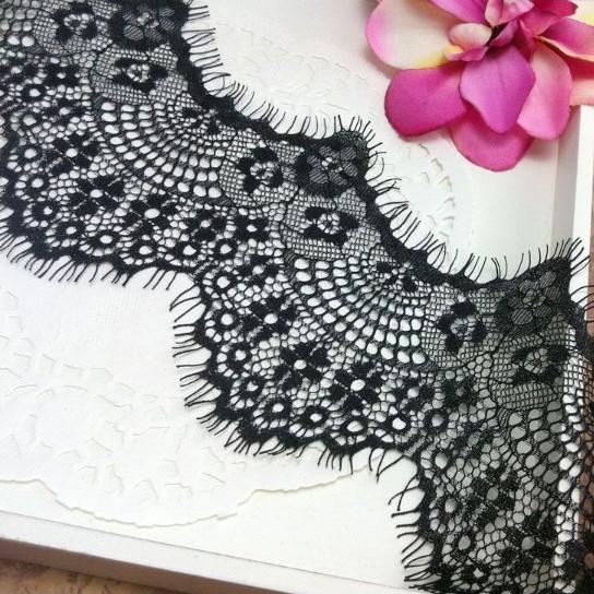 20 Pcs 3 metros venda quente preto e branco rendas cílios Para DIY artesanal acessórios de vestuário / decoração Do Casamento grande 9 cm