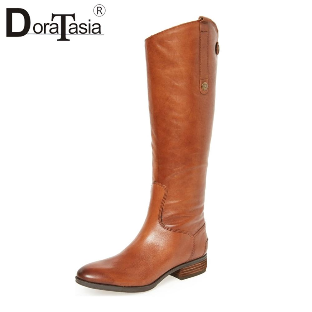 DoraTasia 크기 34-43 Chunky Low Heels는 가을 신발에 지적한 발가락 미끄럼틀을 신고 여성 Cool Knee High Knight Boots