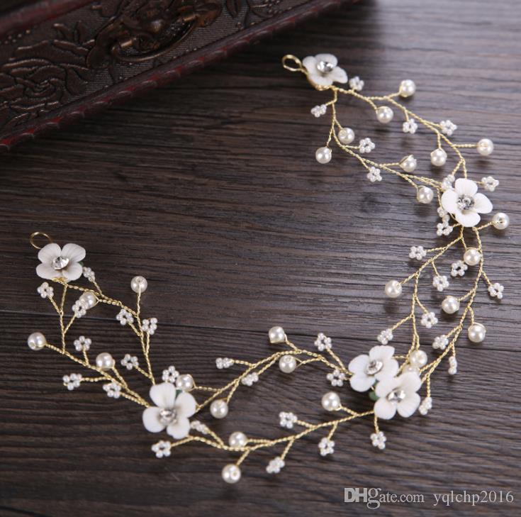Nuovo ceramica fiore ornamento dei capelli della perla bianca con europei e americani testa copricapo corona ornamento cappelli da sposa