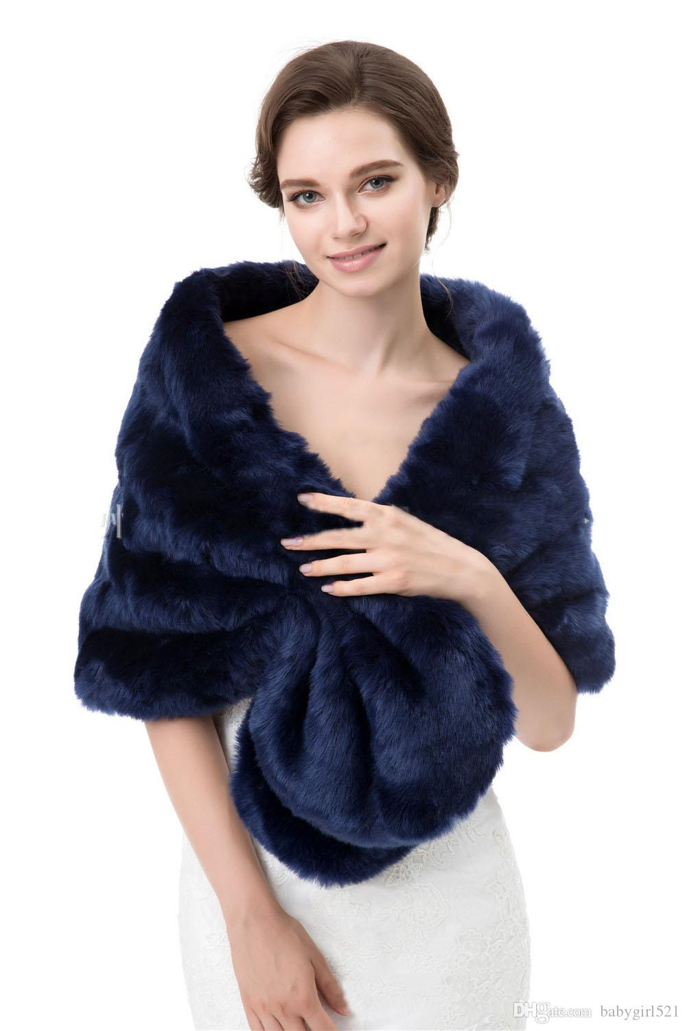 Vintage Princess White Black Cheap Bridal Wraps Warm Faux Fur Wedding Cloak Jacket Royal Blue Bolero Cover up Stole Winter Women Shrug Shawl