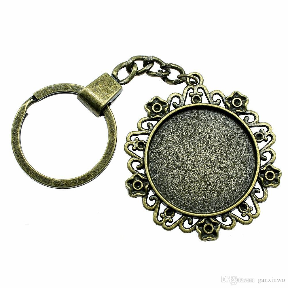 6 Pieces Key Chain Women Key Rings Fashion Keychains For Men Flower Small Grass Inner Size 30mm Round Cabochon Cameo Base Tray Bezel Blank