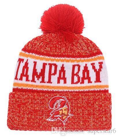 Лучшие продажи Тампа Бэй шапочка шапочки боковой линии холодная погода обратный Спорт манжетами вязать шляпу с Pom Winer череп шапки