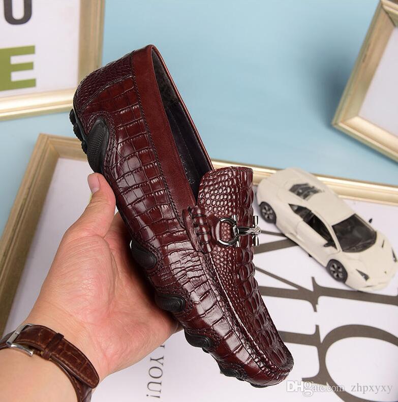 Los hombres de cuero suave ocio zapato de vestir parte zapatos de regalo doug Hebilla de metal Slip-on Famosa marca hombre perezosos holgazanes Mocasines Zapatos Hombre 40-44 DH2A6