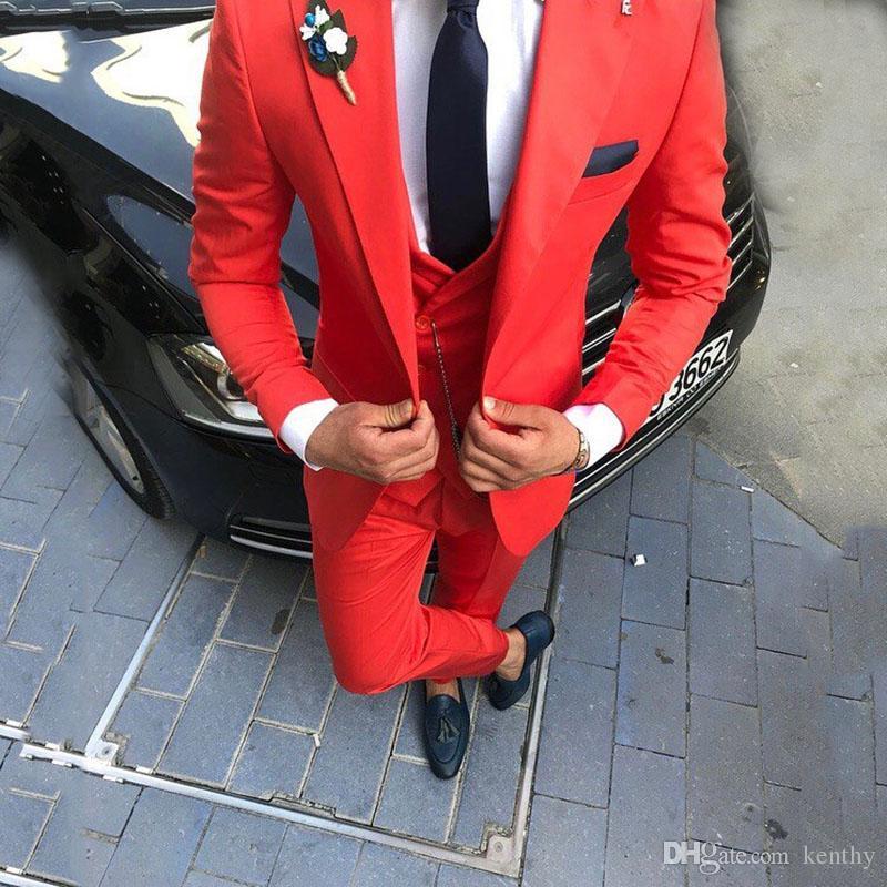 Yaka Damat smokin Slim Fit Groomsmen Blazer Peaked Yepyeni Balo Aşınma Sıcak Kırmızı Erkekler Suits Düğün Suit 3 Adet Ceket Pantolon Yelek