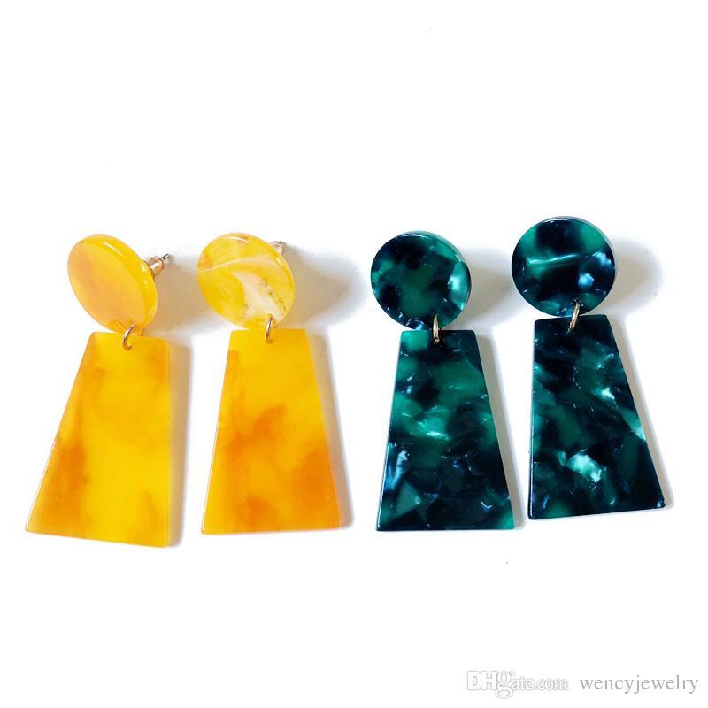 Orecchino all'ingrosso di colore dolce della resina geometrica gialla verde elegante di trasporto libero, orecchino grazioso per le donne
