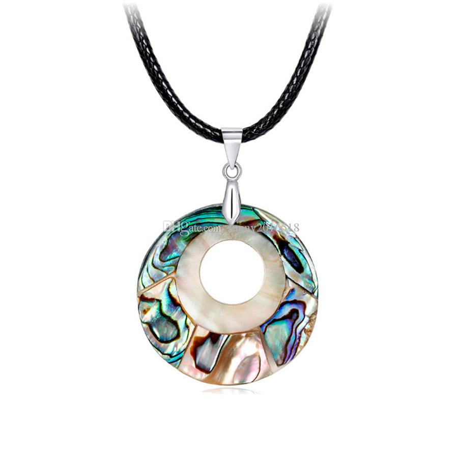 Klasik Renkli Doğal Abalone Shell Daire Kolye Kolye Kadınlar için Lady Basit Gerdanlık Deri Halat Zincir Kolye Moda Takı