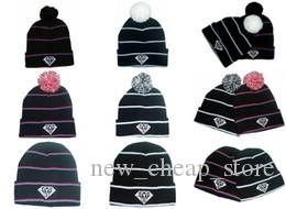 다이아몬드 공급 주식 회사 세계 Beanie 함께 pom pom Beanies 힙합 Snapback 모자 사용자 지정 Knitted Cap Snapbacks 인기있는 모자 모자 Mix 주문 무료 배송