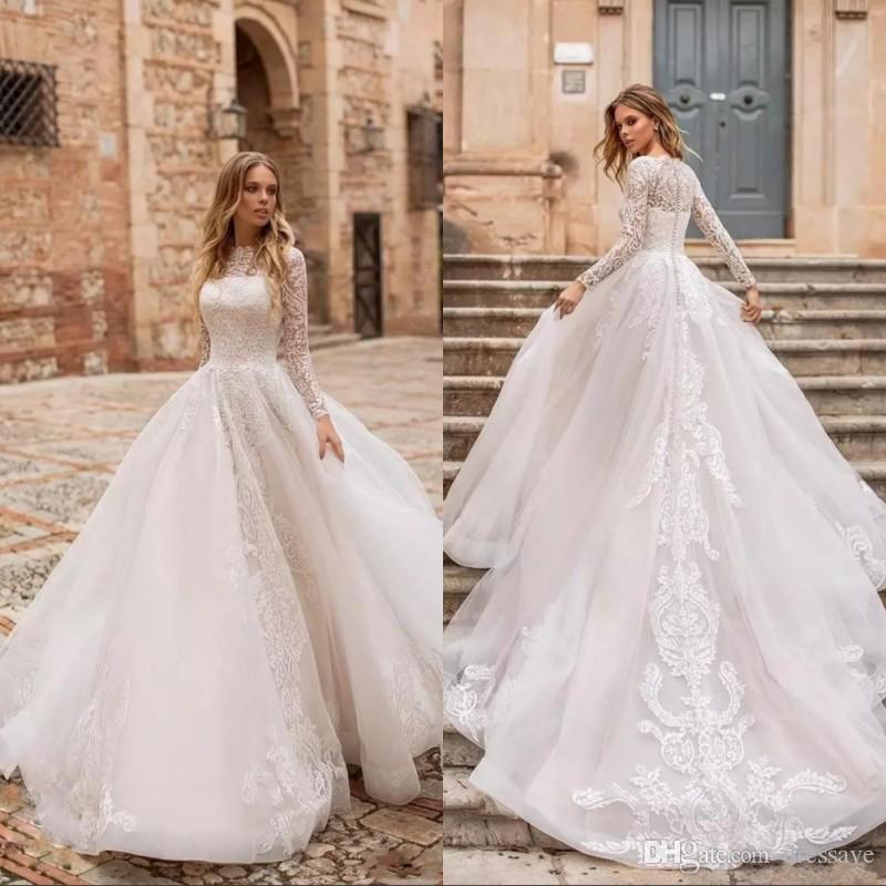 Vintage une ligne robes de mariage illusion cou dentelle appliques manches longues balayage train bouton dos plus la taille