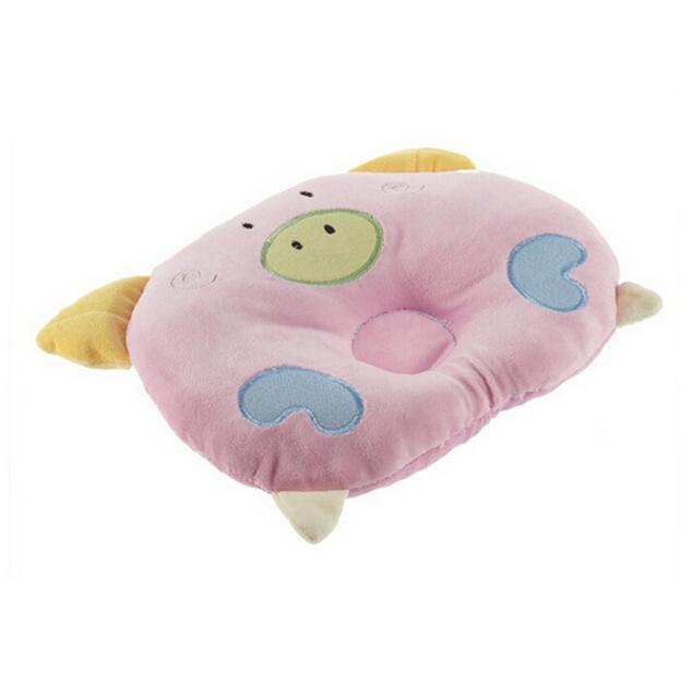 1 개 귀여운 돼지 모양 아기 베개는 아기 아이를위한 편평한 맨 위 연약한면 잠자는 지원 베개를 방지한다