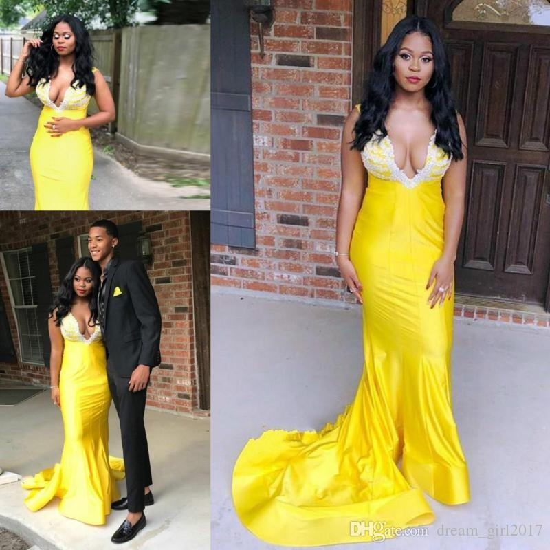 Bright Yellow Mermaid Prom Dresses South African Sexy Deep V Neck Evening Gowns With Lace Appliques Sweep Train Women Formal Wear